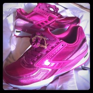 Brooks Regent Lilac Rose Running Sneakers